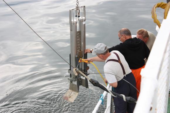 Mikromuovitutkimukselle on tarvetta Itämerellä, kuvassa SYKE:n tutkimusalus Muikku. Kuva: Noora Happonen, HSY.