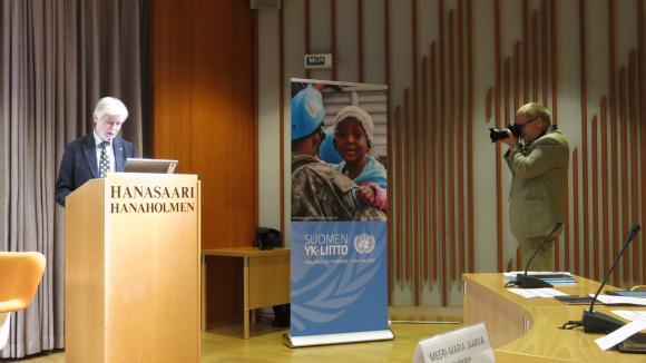 Ulkoasianministeri puhui Hanaforum-seminaarissa 13.9.2013. Kuva: Suomen YK-liitto