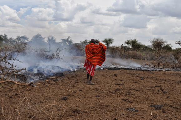 Maasaiden koteja alueella poltettiin taas helmikuun puolivälissä. (Kuva: InsightShare)